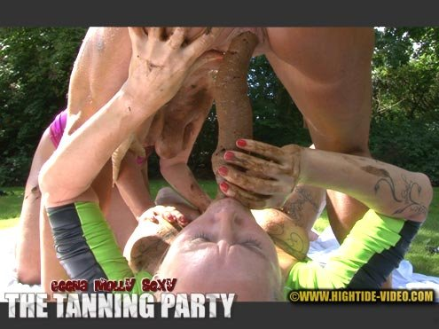 Geena, Molly, Sexy (HD 720p) THE TANNING PARTY [mp4 / 1.10 GB /  2020]
